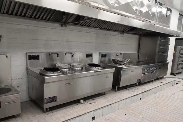 学校食堂各个区域需要哪些厨房设备?